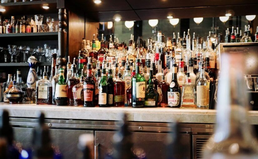 Why You Should Serve Alcohol At Your Restaurant?